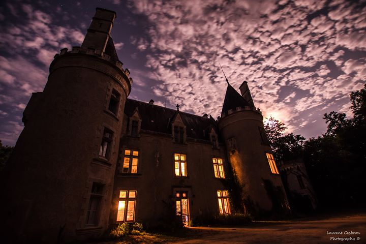 With Halloween around the corner, France's most haunted castle, Fougeret, reveals the HORROR EVENT of the year!
